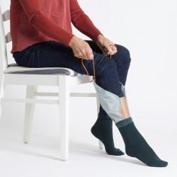 Manga pone calcetines y...