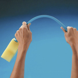 Esponja con mango flexible
